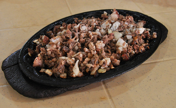 Aling Lucing Sizzling Sisig